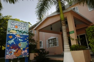 Sunset House, Grand Caymans Hotel for Divers, by Divers