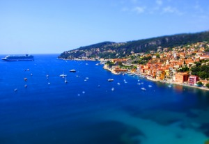 Cruise ship in Villefranche captured on tour by Riviera come true