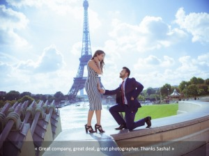 Couple Photosession Proposal Paris
