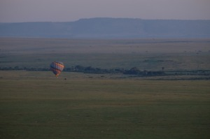 Masai Mara balloon adventure safari experience with YHA Kenya travel. Book Kenya balloon safaris,YHA-Kenya Travel balloon safari package, Masai Mara ballooning, hot air balloon, Kenya budget safaris, balloon adventure,safari trip. https://www.yhakenyatraveltoursandsafaris.com/pages/balloon-safaris.html