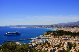 Cruise ship in Nice captured on tour by Riviera come true