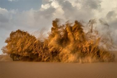 Dune bashing Desert Safari