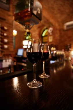 Doblo Wine & Bar