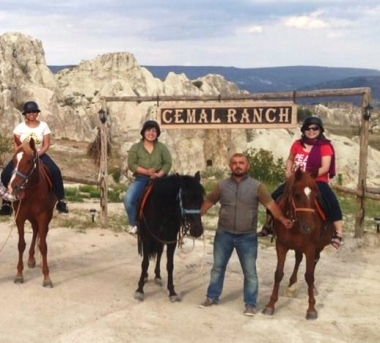 Cemal Ranch Horse riding Tours/Cappadocia