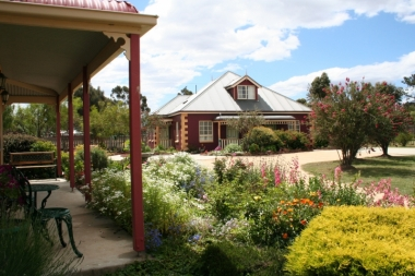 Expansive Cottage Gardens