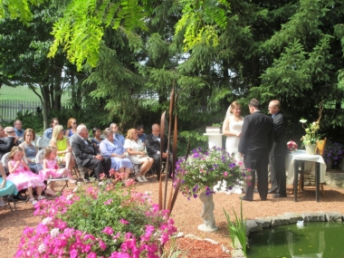 wedding held in the gardens of Cafe Troy