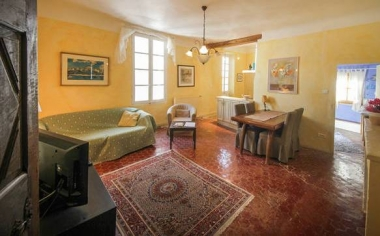 A  Place in Provence : Apartment  Sancie